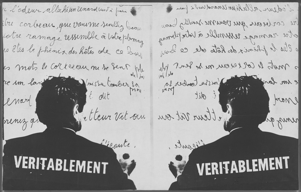 Marcel Broodthaers: Véritablement (Truly) (1968). Photographic canvas. 75.5 × 123 cm. The Museum of Modern Art, New York. Partial gift of the Daled Collection and partial purchase through the generosity of Maja Oeri and Hans Bodenmann, Sue and Edgar Wachenheim III, Agnes Gund, Marlene Hess and James D. Zirin, Marie-Josée and Henry R. Kravis, and Jerry I. Speyer and Katherine G. Farley, 2011. © 2016 Estate of Marcel Broodthaers / Artists Rights Society (ARS), New York / SABAM, Brussels.